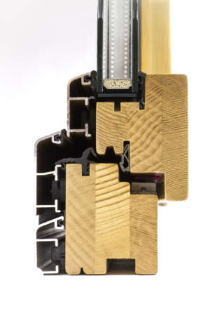Profilo Squadrato con alluminio squadrato